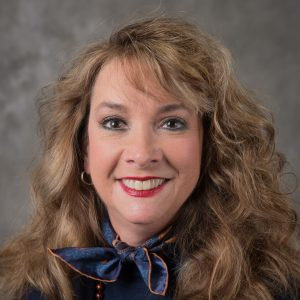 Carolyn Powell headshot